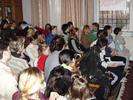 35 people filled out home, eager to learn God's Word in English