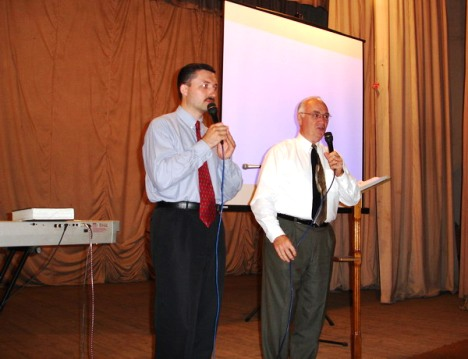 Preaching the Message of Hope, Crusade, Briceni, June 2006